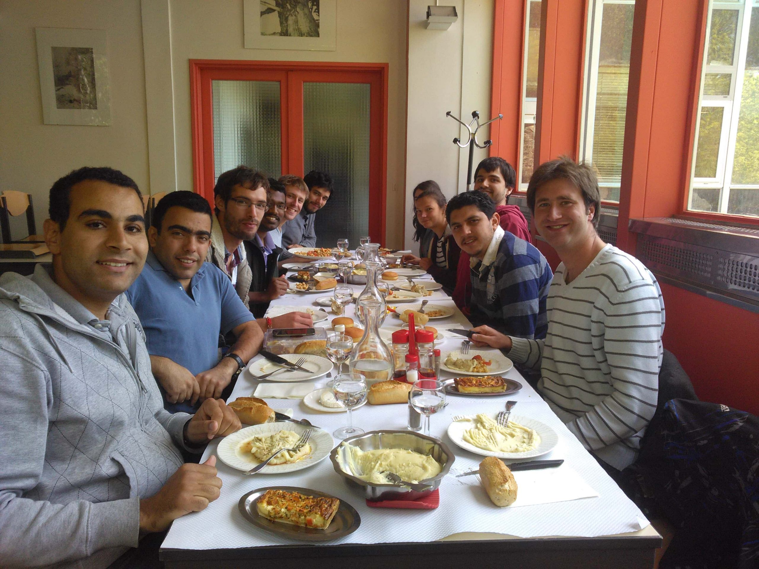 Solar Thermal & Associated Renewable Storage master students @ PROMES-CNRS restaurant in Odeillo